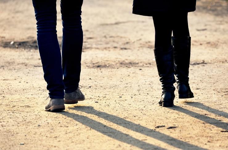 Paar auf Spaziergang